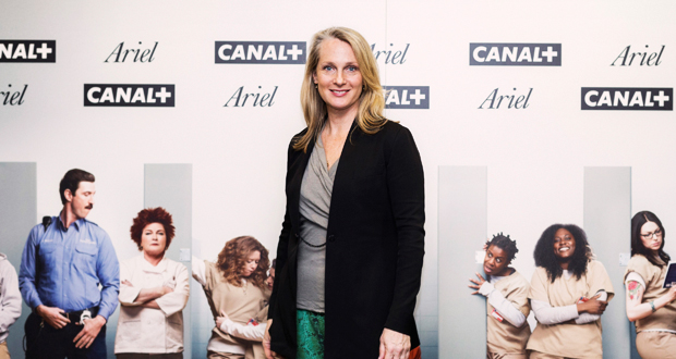 piper kermans orange is the new black Before it was ever a streamable tv show, it was a book, titled orange is the new black: my year in a women's prison in the book, piper kerman (whose name has been changed to piper chapman for the.